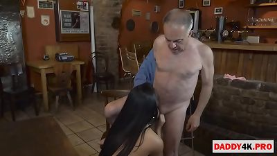 dad helping his daughter in law