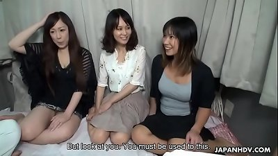 3 asian bimbos plowed on a bus then creamed